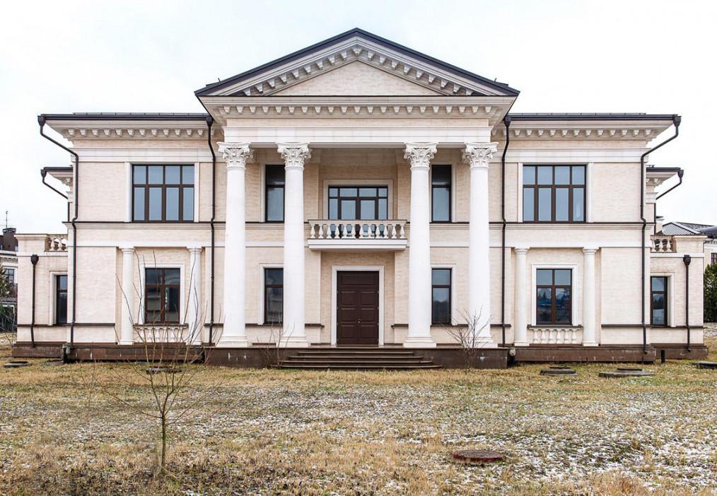 Коттедж с отделкой черновая в Стольное